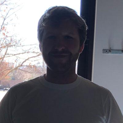 Backlit selfies make you hard to see